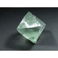 Fluoryt Kryształ Ośmiościan 65m