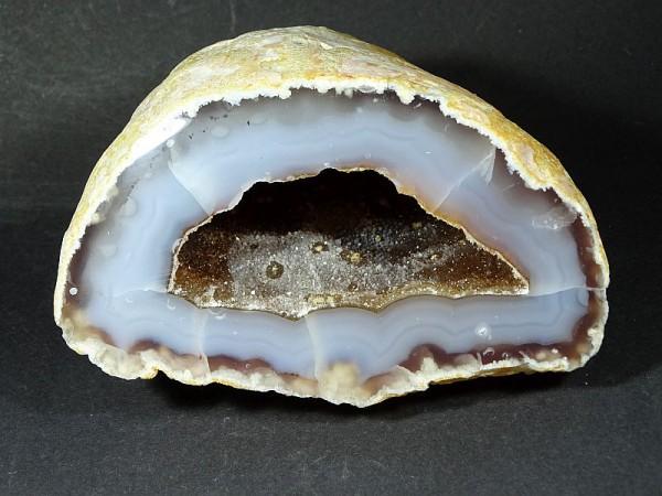 Agat cięty Buła agatowa 285 g . 16